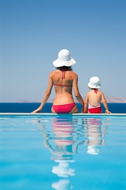 Holidays-and-eczema-better-or-worse